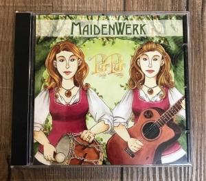 PurPur – MaidenWerk - Zwillingsfolk mit klassischen und phantastischen Liedern